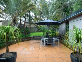 Moorooba Crescent, 18 - PET FRIENDLY & FREE WI-FI, Nelson Bay