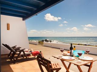 Casita Lanzarote en Primerisima linea de Mar !, Punta Mujeres
