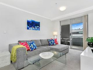 L1103 -Great One Bedroom with Study in St Leonards, Sydney