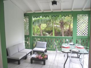 LATANIERS 10...charming, affordable condo in the heart of Orient Bay