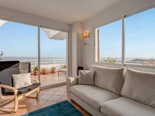 Amazing Seaview Penthouse near Palma redone, Portals Nous