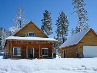 Cozy Cabin in Roslyn Ridge!  Slps 8 | Fall Specials | WiFi