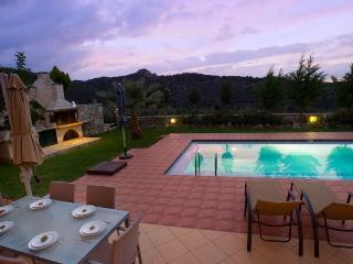 Villa Nefeli, Agia Marina