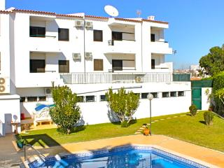 Ethnic Brown Duplex Apartment, Albufeira