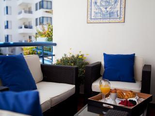 2 bedroom designer apartment in Cascais