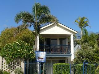CLOVELLY BEACH TOWNHOUSE, Kingscliff