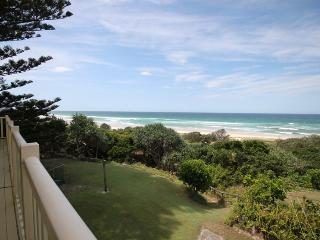 SANDPIPER BEACH FRONT HOUSE, Hastings Point