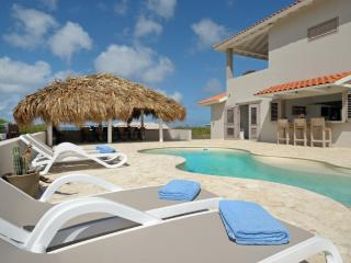 VILLA AZURE BONAIRE. new luxurious & private
