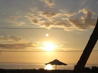 Heaven Sent, Ground Floor Oceanfront Sleeps 4, Flagler Beach