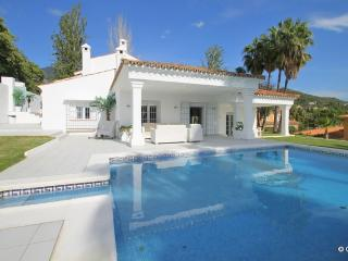 Beautiful villa with pool in heart of Marbella,