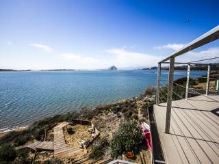 Stunning Bay Front Hm Overlooking Morro Bay! 1161