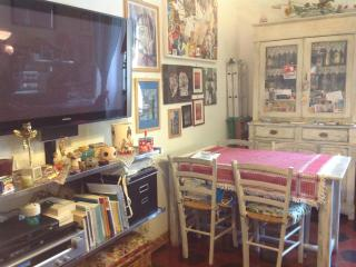 Amazing home in Testaccio, the old working-class neighboorhood in the centre of Rome, Roma