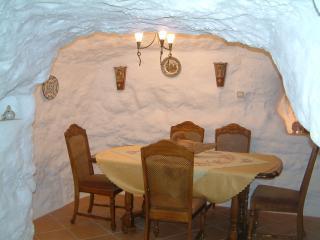 Pico Piedras cave house zujar., Zújar