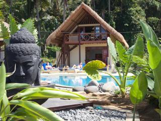Cottage Sarah Blick über den Pool