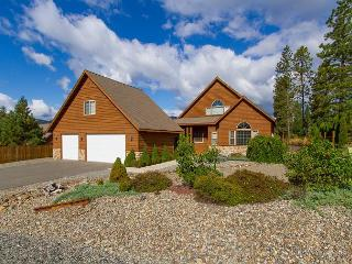 Exceptional Cabin in Roslyn Ridge! Private Sports Court & Hot Tub | Pool