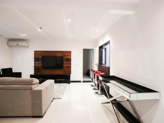 Clean And Modern Three Bedroom Apartment One Block From The Beach Of Copacabana - #29, Rio de Janeiro