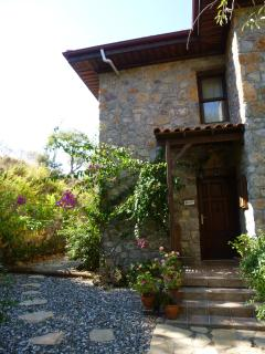 Front entrance area to Villa Gelincik - welcome to your holiday!