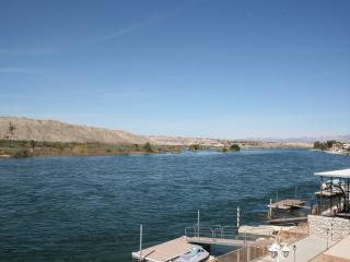 Riverfront house!!! Amazing views, Bullhead City