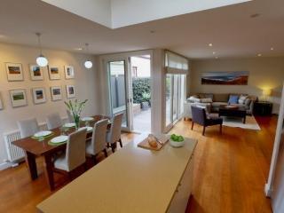 Heath Terrace, Melbourne