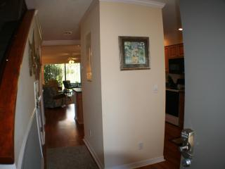 Newly furnished-Steps to beach-Mins. to Downtown, Saint Augustine
