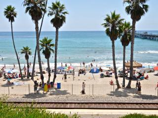 March $99/night! Pier bowl condo, 1 block to beach, San Clemente
