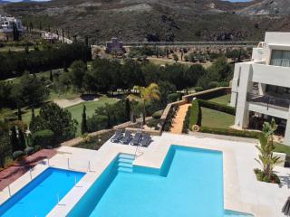 Luxury apartment on Los Flamingos Golf, Marbella