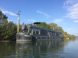 Péniche CALYX - La Proue, Triel-sur-Seine