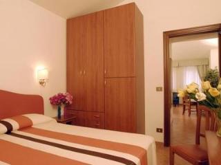 2 bedroom Borromini apartment in Rome - 1322, Roma