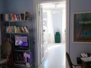 Baby Friendly Apartment Quiet Yet Close To Transport - 4604, Copenhague