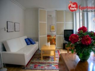 City center apartment. Historic Copenhagen house - 6066