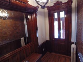3-bed Brownstone Duplex w/Terrace, Brooklyn
