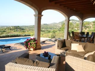 Villa in Sierra de Tramuntana, Lloseta
