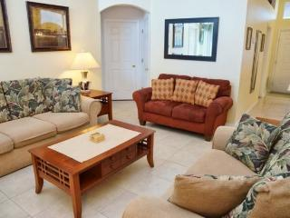 4 Bedroom 2 Bath Pool Home Near all the Attractions. 168AL, Orlando