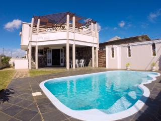 Casa Bella - Villa with Private Pool, Pointe Aux Sables