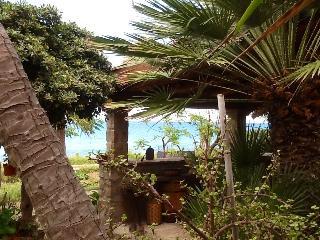 Appartamento in antico casale sul mare, Santo Stefano di Camastra