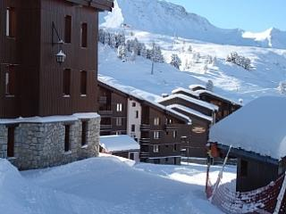 Lovely large 2 bed/2 bathroom apartment sleeps 7, Belle Plagne