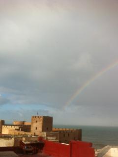Vue de la terrasse: Le château de mer
