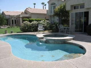 THREE BEDROOM VILLA WITH PRIVATE POOL & SPA ON EAST TRANCAS - VPS3BAK, Palm Springs