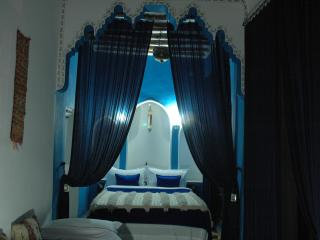 Majorelle Blue suite, triple with garden view