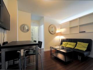 15M- 2 Bedrooms in Full Service Building, New York City