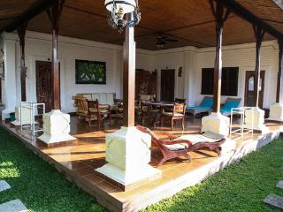 2 Bedroom Balinese cottage(150m2) centrally located in Sanur inside quiet  hotel -10 min to beach