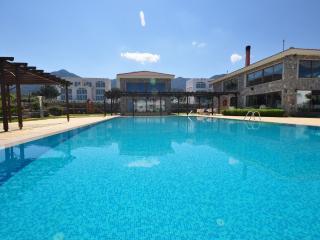 Poolside Garden Apartment
