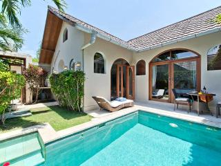 Villa Cahaya, 1 bedroom ensuite with private pool - Seminyak - Kuta - Bali