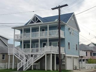 2 BD Beautiful Waterview Beach House by Sandy Hook