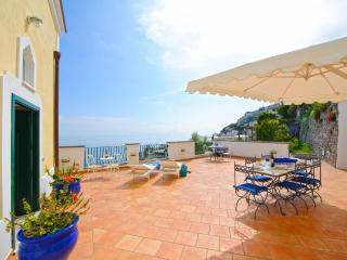 Villa with garden and sea view - V725, Praiano