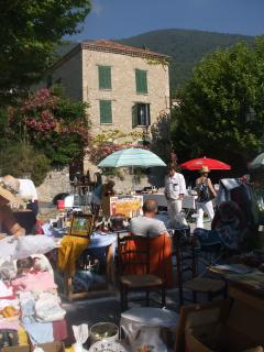 Activities in the Place de la Republic