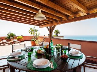 Casa San Domenico,terrace with sea view, Taormina