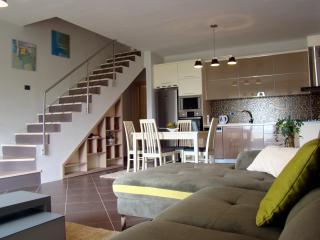 Capo Apartment, Tirana