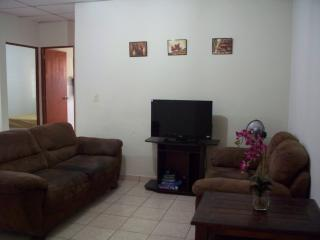 2-Bedroom Apt - Jardines de la Escalon, San Salvador