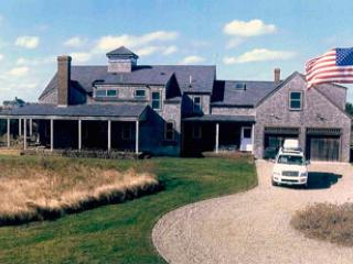 46 Madequecham Valley Road - Grand Tuckey, Nantucket